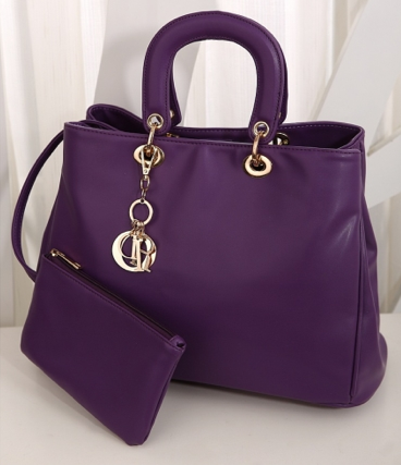 http://www.handbagwholesale.my/