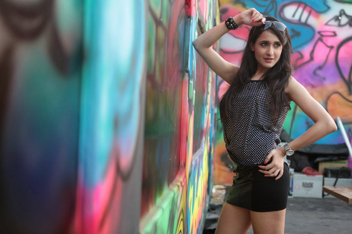 Pragya dega movie hot stills