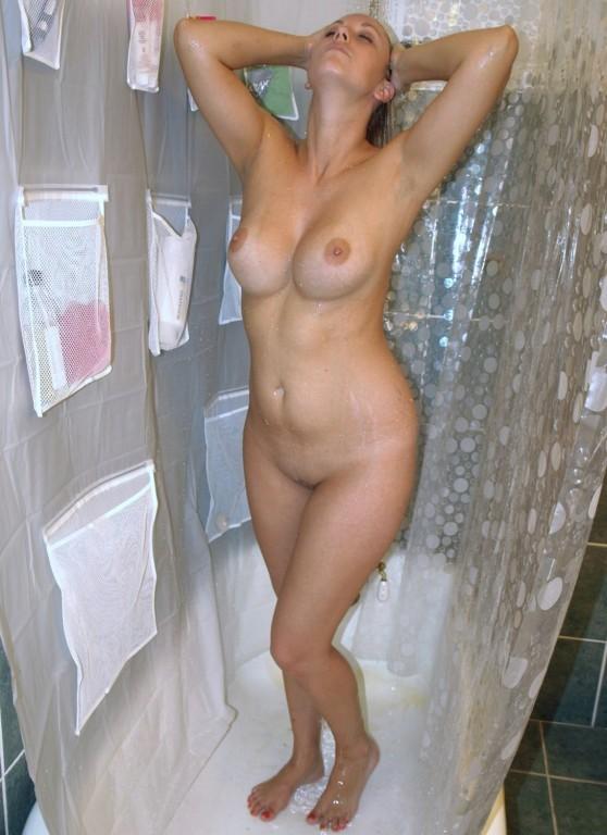 Little Caprice Shower