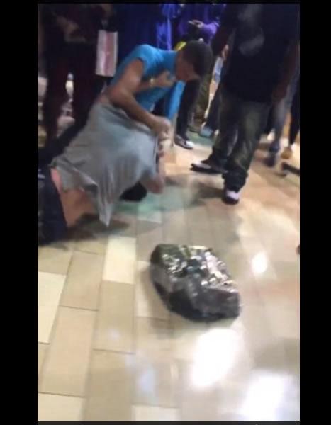 Peleas entre shoppers en el black friday en Louisville Kentucky