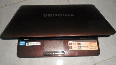 Toshiba Satellite L745 i3-2310M Brown