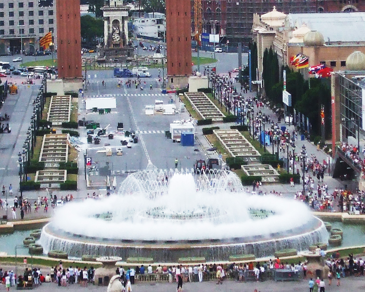 http://2.bp.blogspot.com/-MSGQjvRZjQc/T9Yljj2zjlI/AAAAAAAAARE/dIMJGFAtg18/s1600/Fountain-Barcelona-Wallpaper.jpg