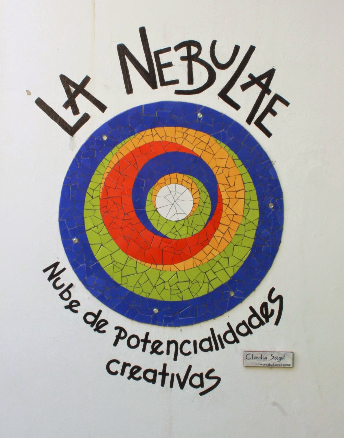 Compa a de mosaicos la nebulae mural en el jard n for Diseno curricular de jardin maternal
