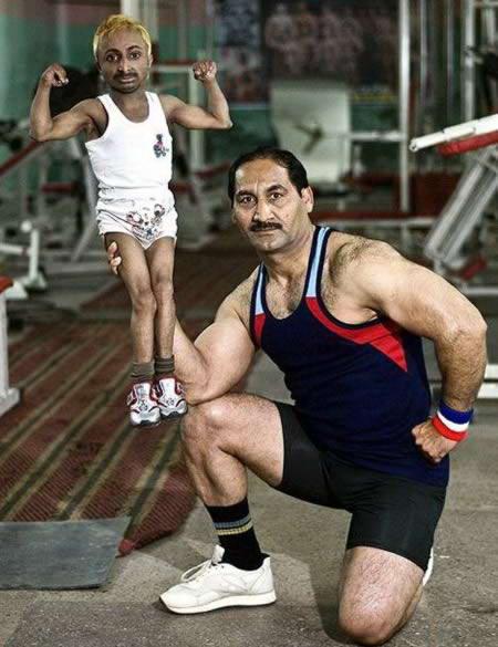 a97927 small people 8 bodybuilder 10 Manusia Terpendek paling Terkenal Di Dunia