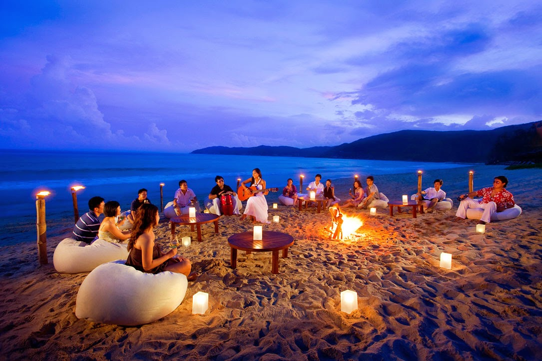 Beach parties in goa relaxation recreation and merriment for Best christmas vacation ideas