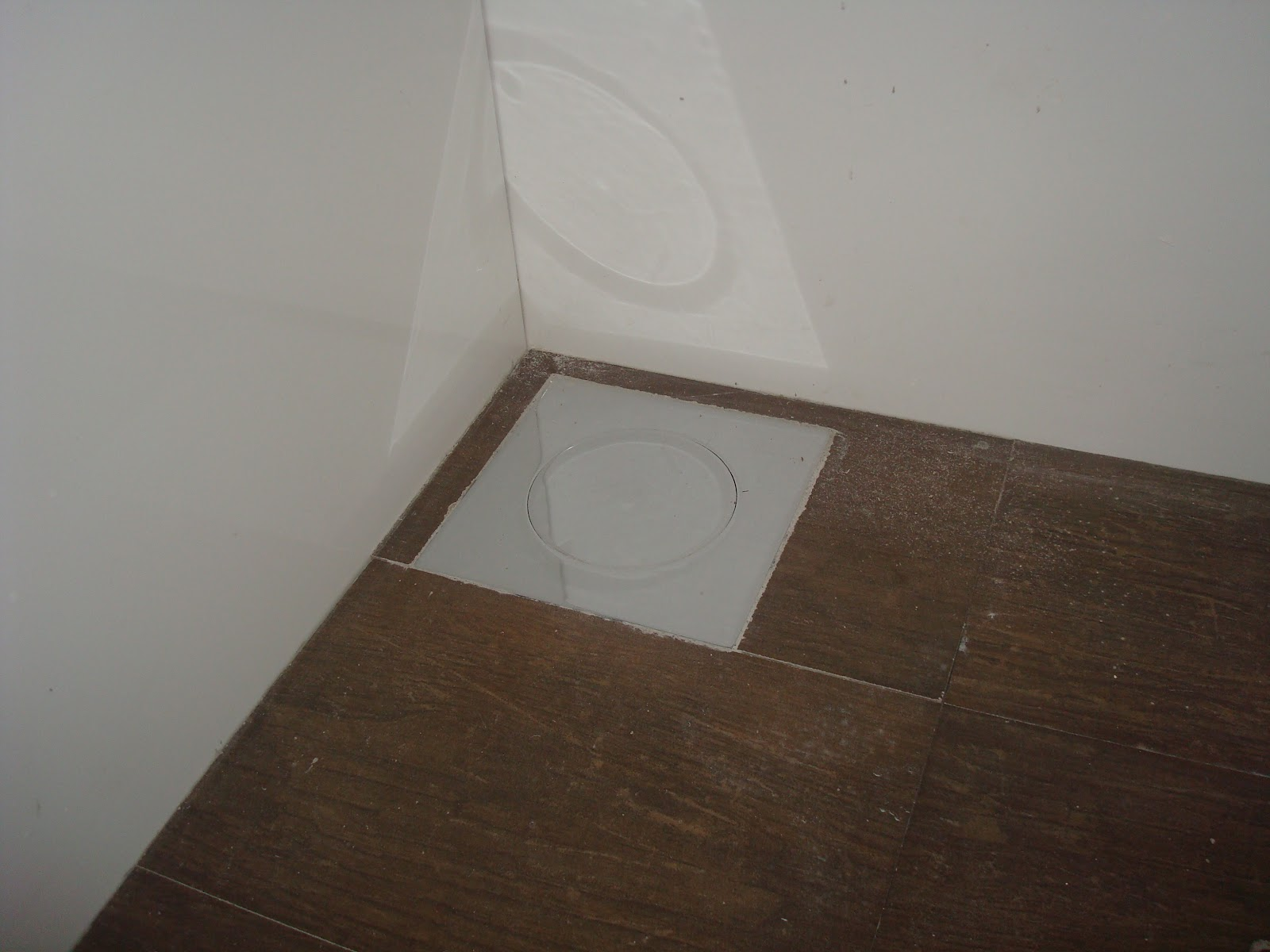 Construindo um Castelinho: Banheiro da Churrasqueira #3D2E23 1600 1200