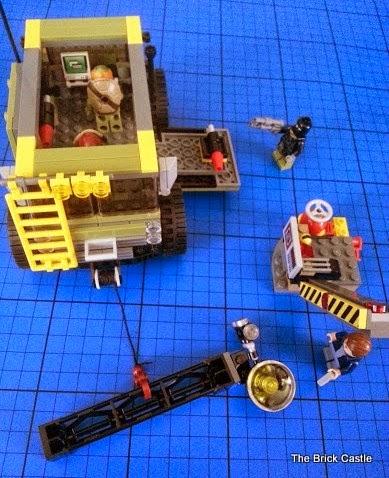 LEGO TMNT Turtle Van Takedown Set 79115 Review vehicle build overhead angle