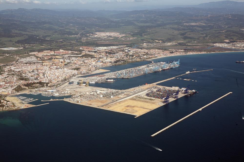 Puerto bah a de algeciras blog la apba otorga 2 meses m s de pr rroga a ttia para optar a la - Puerto de algeciras hoy ...