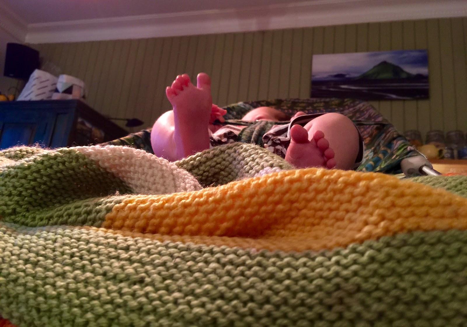 vauvan kehitys 1 kk