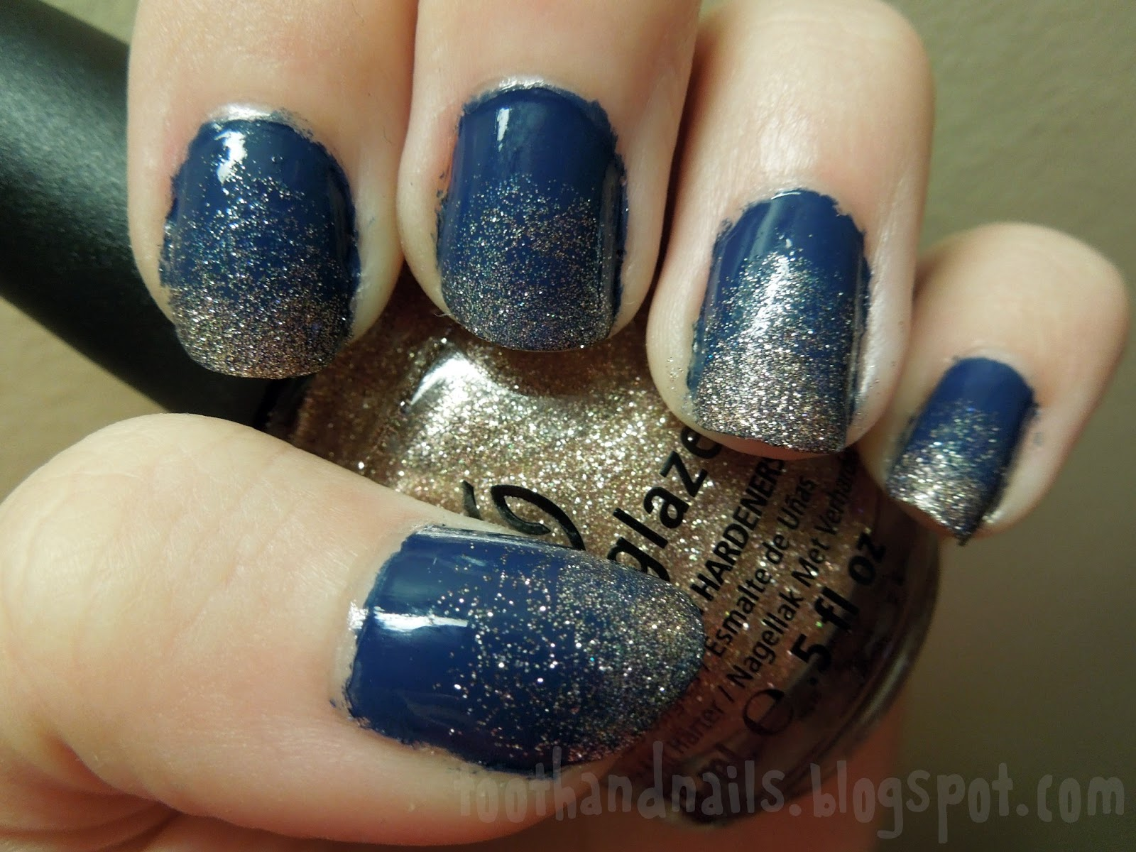 Tooth and Nails: Gold Glitter on Navy Gradient