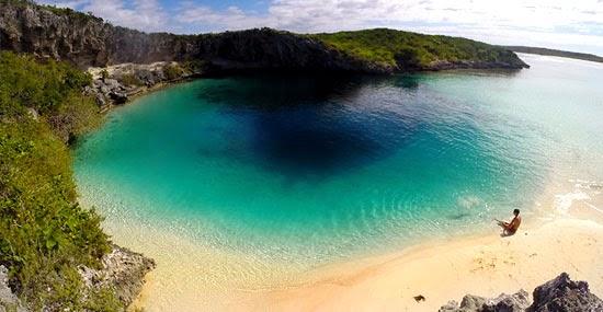 'Dean's Blue Hole - Buraco Azul no Triângulo das Bermudas