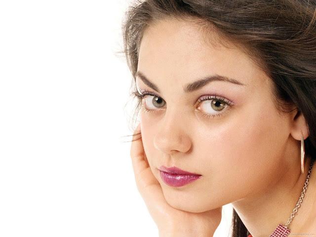 Mila Kunis HQ Wallpaper-Wide Screen