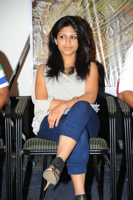 supriya beautiful unseen pics
