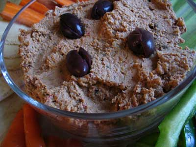 Black Olive & Sun-Dried Tomato Hummus | Lisa's Kitchen | Vegetarian ...