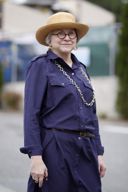 Sara Hart round glasses Seattle Street style It's My Darlin' navy shirtdress