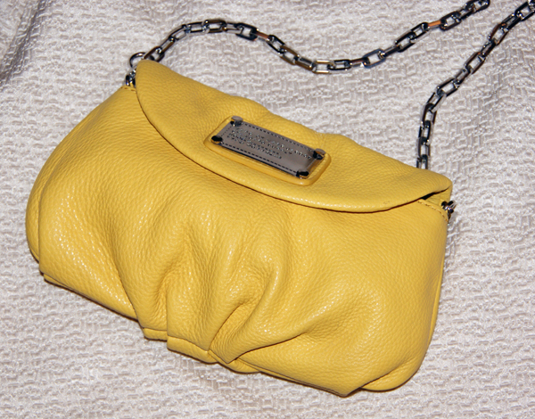 Marc Jacobs yellow clutch on www.designandfashionrecipes.com by Cristina Dal Monte