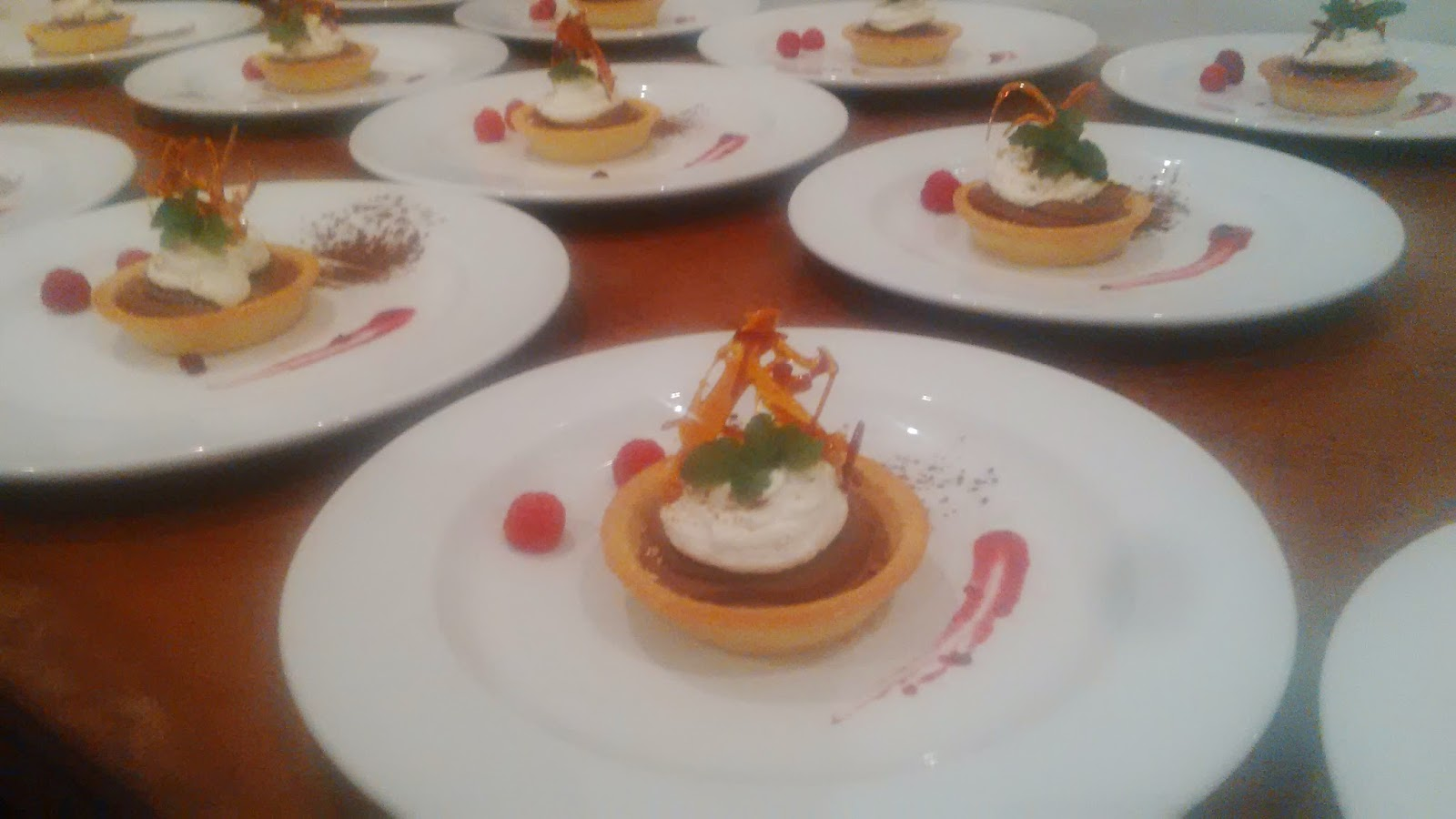 Zorgvliet food canapes starters mains and desserts for Canape desserts
