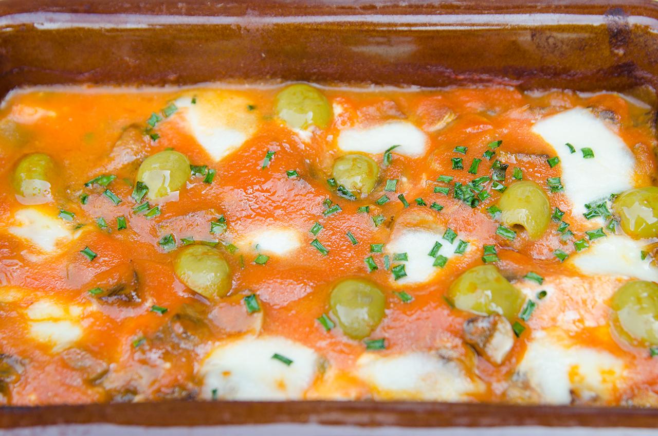 salmon-pizzaiola-estilo-pizza-receta-saludable-ligera-bruja