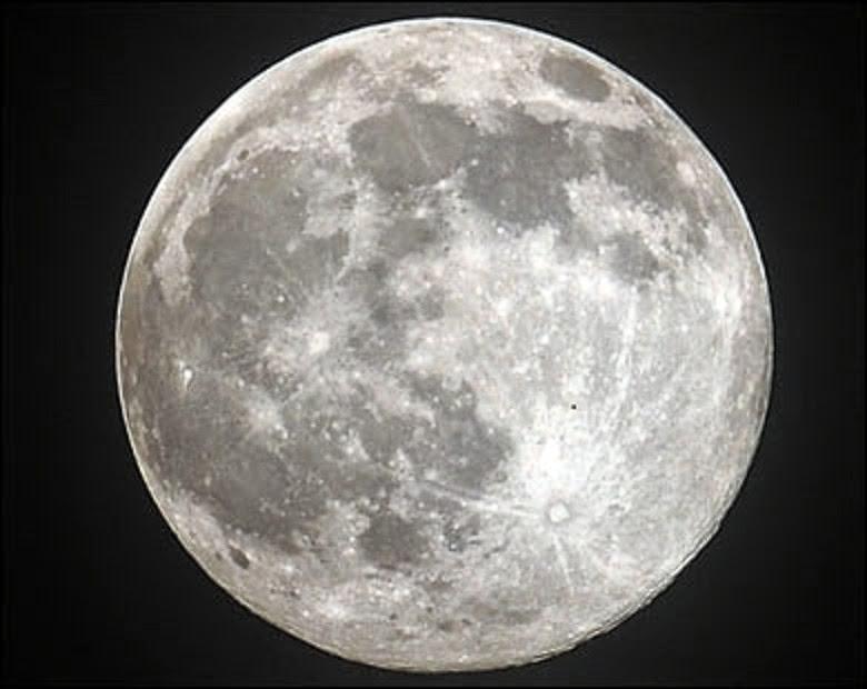القمر وتاثيره على برج السرطان