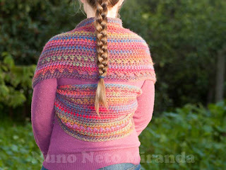 "alt=""cowl, crochet, free crochet pattern, gola em crochet, katia azteca, instruções passo a passo, cross-stitch"""