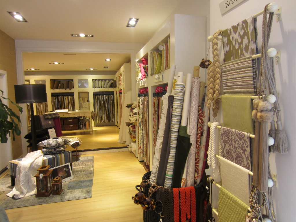 Un momento para mi ka international for Papel pintado ka internacional