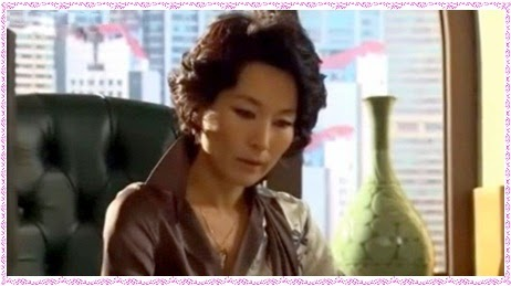 Lee Hye Young as Kang Hee Soo in Boys over Flowers