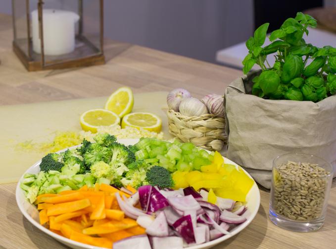 hyvä ja helppo kasvisruoka kasvislisuke