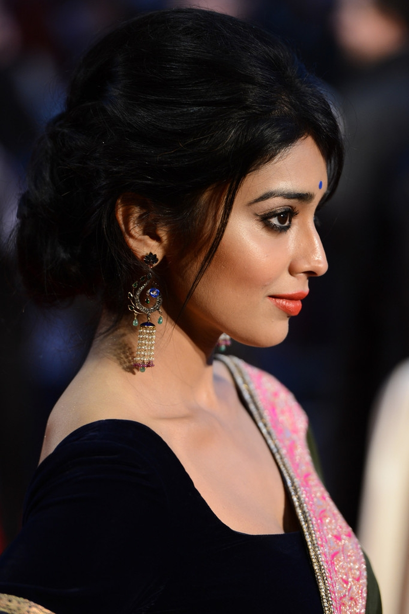 Shriya Saran at Midnights Children Premiere Show Photos