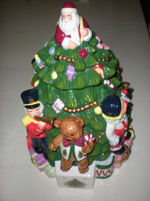 Isnu0027t This Cookie Jar Adorable? The Teddy Bear Has A Spode Christmas Tree  Vest And Is Standing On A Spode Christmas Tree Package.
