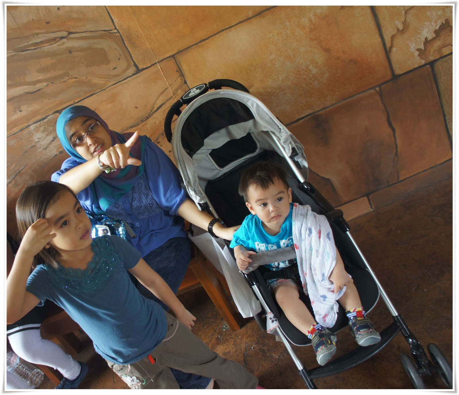 River Safari Singapore Malaysian Mommy Review Day 2 Anak The Deepest Of World Is Congo