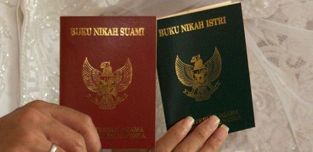 Perempuan Muda Berusia 20 Tahun Menyukai Lelaki Tua Berusia 40 Tahun, Bang Syaiha, http://bang-syaiha.blogspot.co.id/