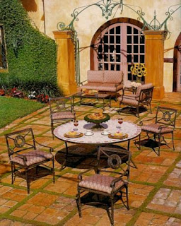 Of Outdoor Sitting Pieces To Help You In Your Choice For Your Patio