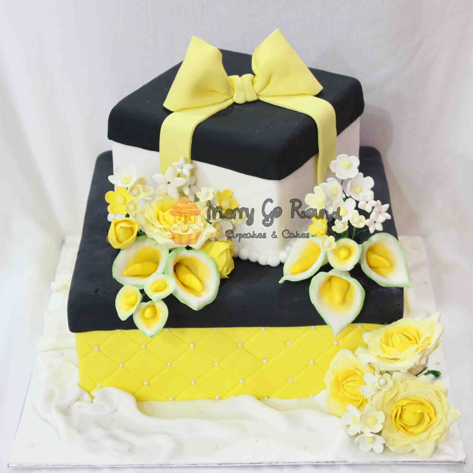 Merry go round cupcakes cakes flower gift box cake flower gift box cake negle Choice Image