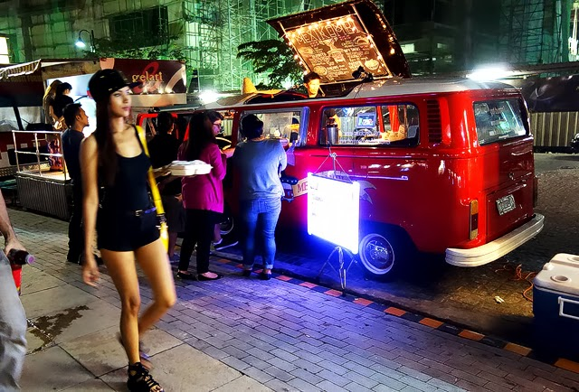 """Food Trip at """"Food Truck Park"""" in Capitol Commons, Pasig City ~ Geejay Travel Log"""
