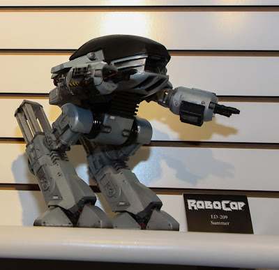 NECA 2013 Toy Fair Display Pictures - Robocop ED-209 figure