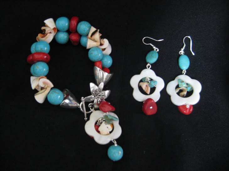 PA04112 Pulsera + Aretes en Coral, Turqueza y caracol RD$ 1,100.00