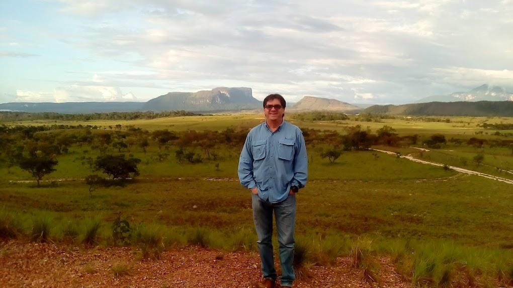 Vladimir Aguilar Castro
