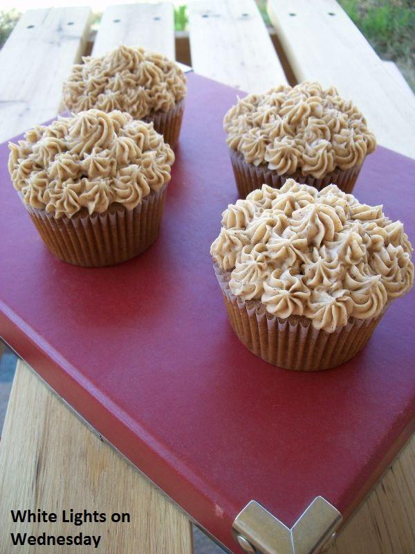 Chai Latte Cupcakes with Vanilla Chai Buttercream