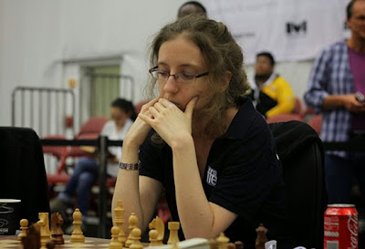 La Française Marie Sebag annule face à la championne du monde d'échecs Hou Yifan lors de la ronde 9 - Photo © site officiel
