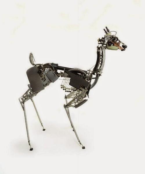 12-Jeremy Mayer-Typewriter-Robot-Sculptures-www-designstack-co