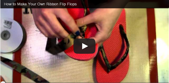 http://customslipperplus.blogspot.com.br/2014/04/how-to-make-your-own-ribbon-flip-flops.html#.U1Dr-VfSw24