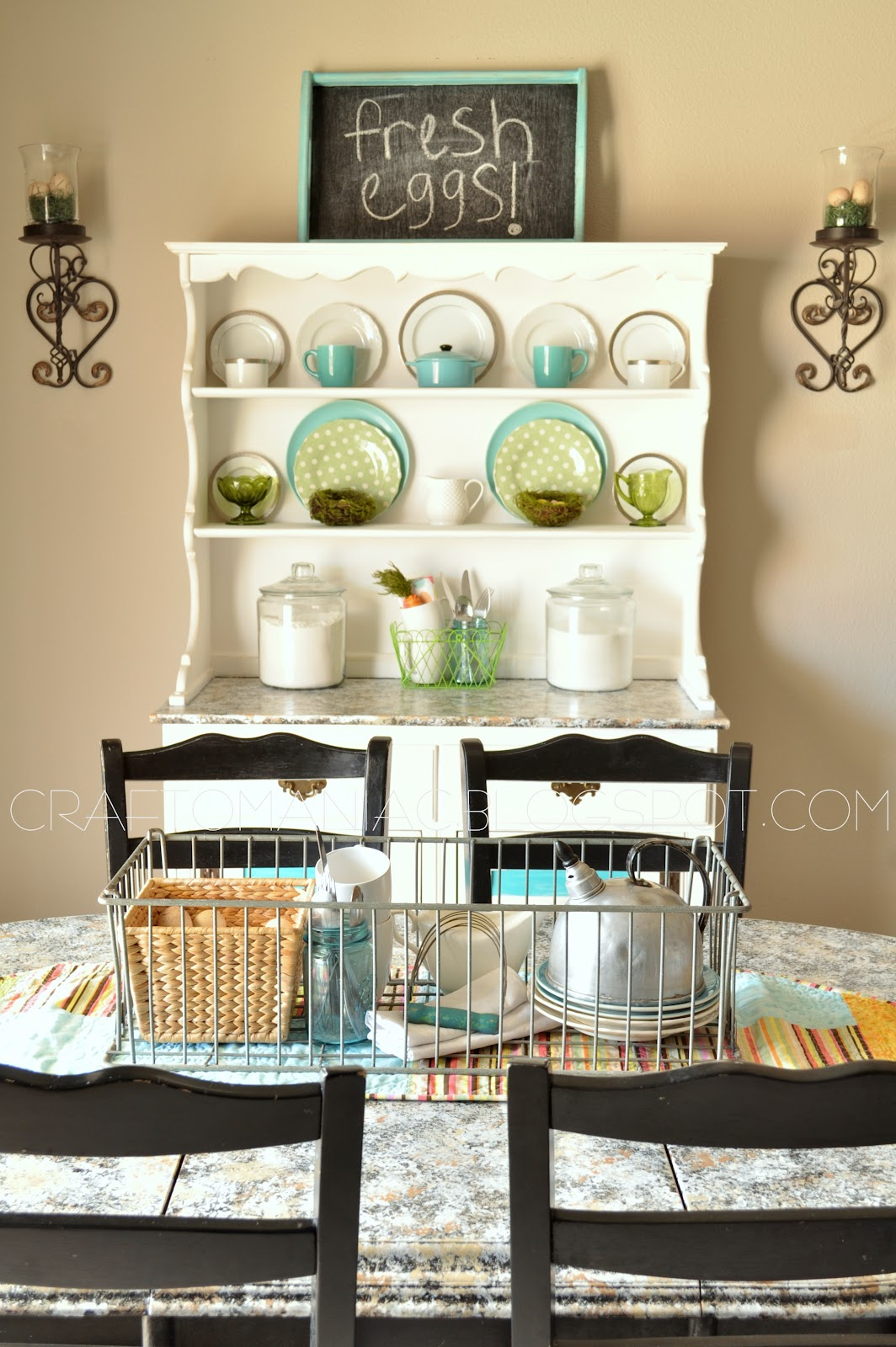 Spring home decor spring hutch craft o maniac for Hutch decor