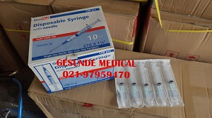 Syringe With Needle 10 CC Onemed