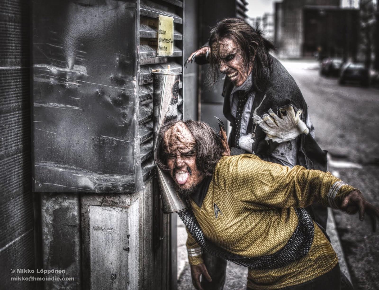 Worf-erine (Ari Savonen) vs. Wolfierine (Janne-Markus Katila). Lovex - California tehostemaskeeraus