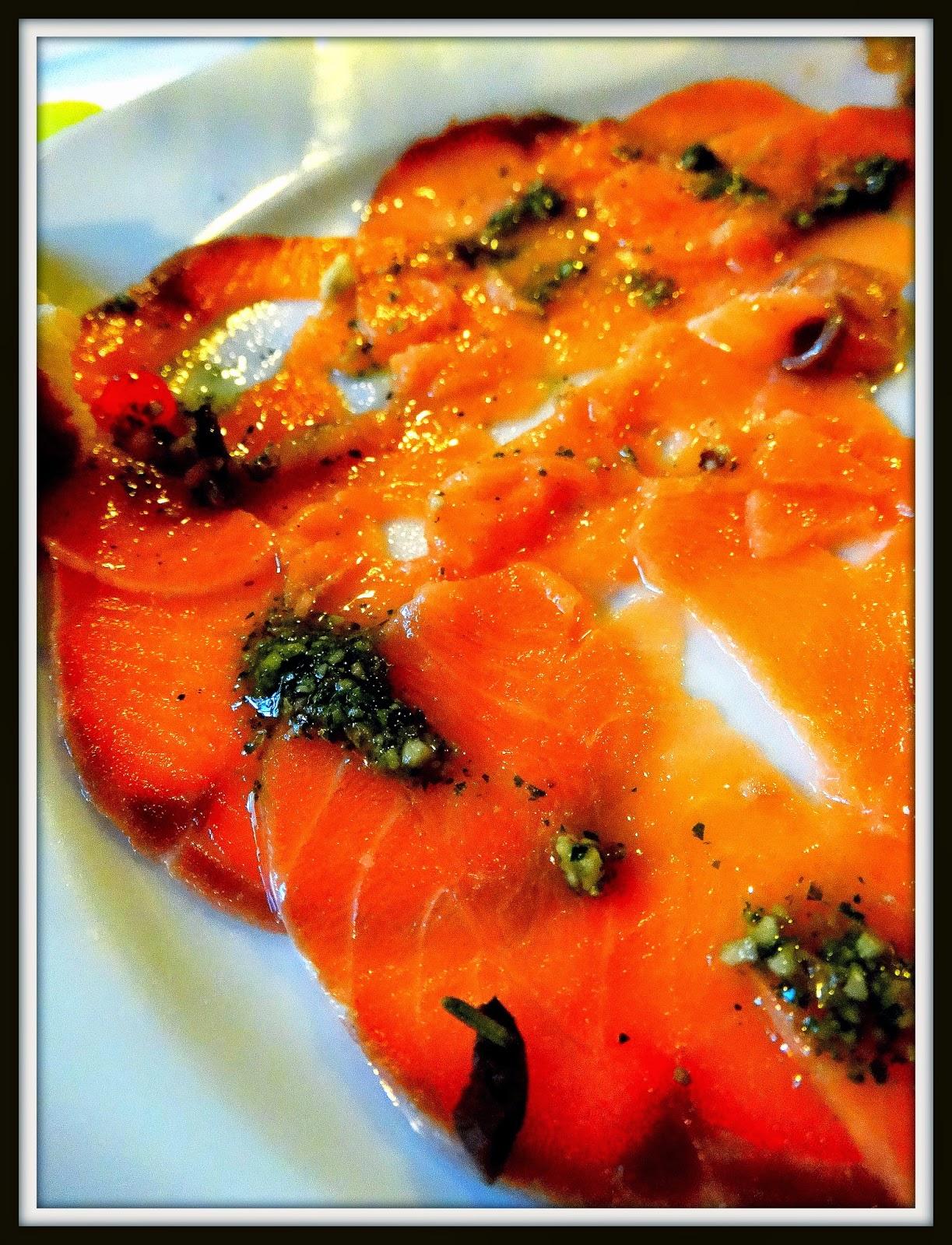 Del Papa, carpaccio z tuńczyka i łososia z borowikami