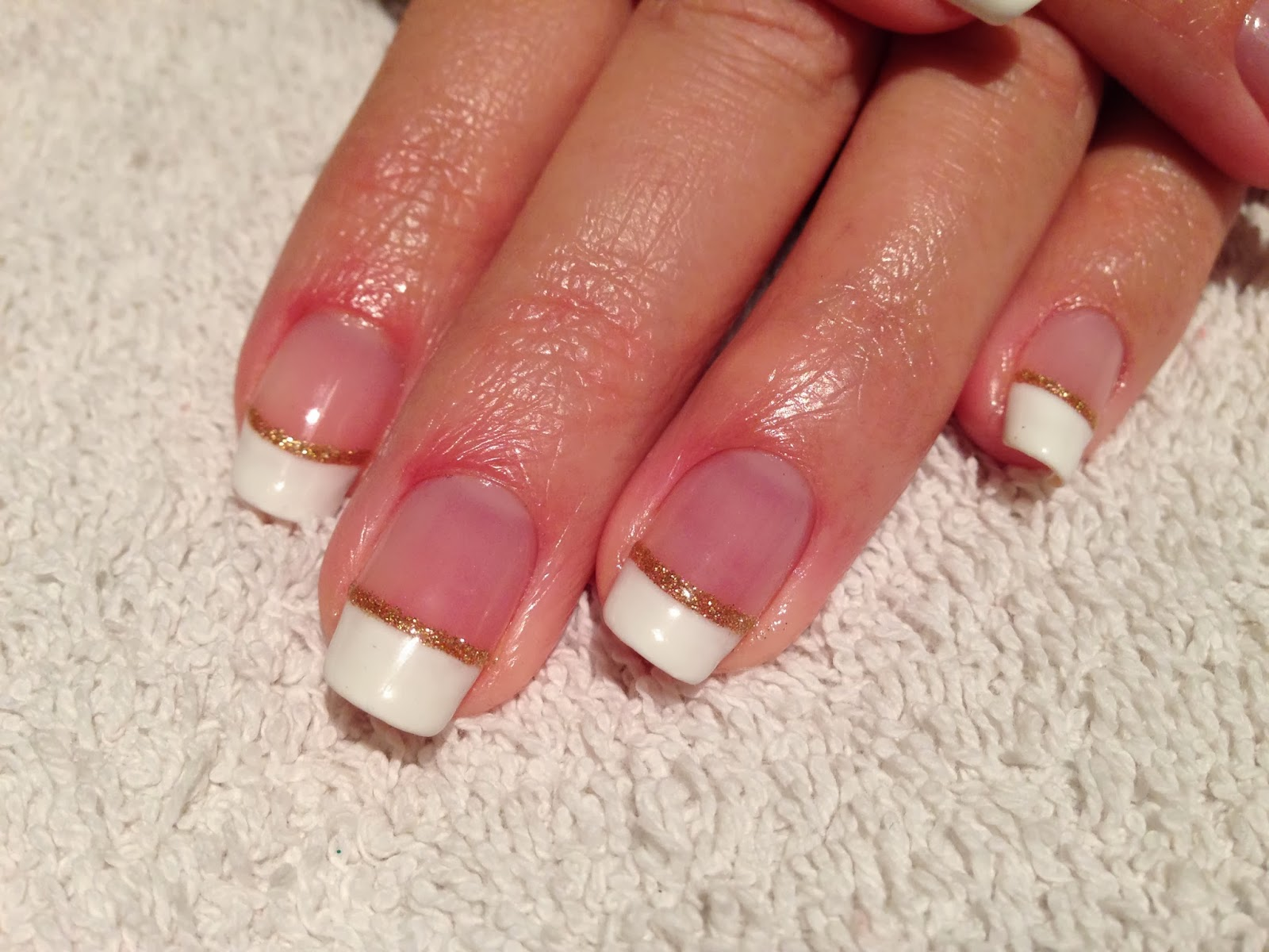 Cnd Shellac Christmas Nail Art 5 French And Gold