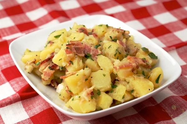 món ăn Salát khoai tây đức
