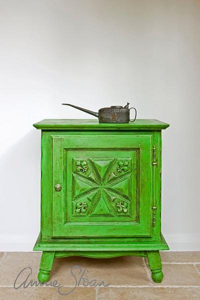 Good Antibes Green Antiqued With Annie Sloan Dark Wax