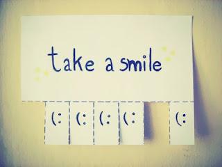 πάντα χαμογελάτε