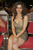 Madhurima latest sizzling photos-thumbnail-10